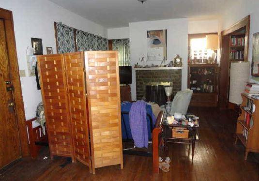 Level 1-Living Room