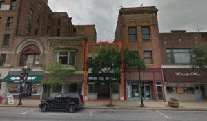Retail Space & Apartment In Aurora, IL