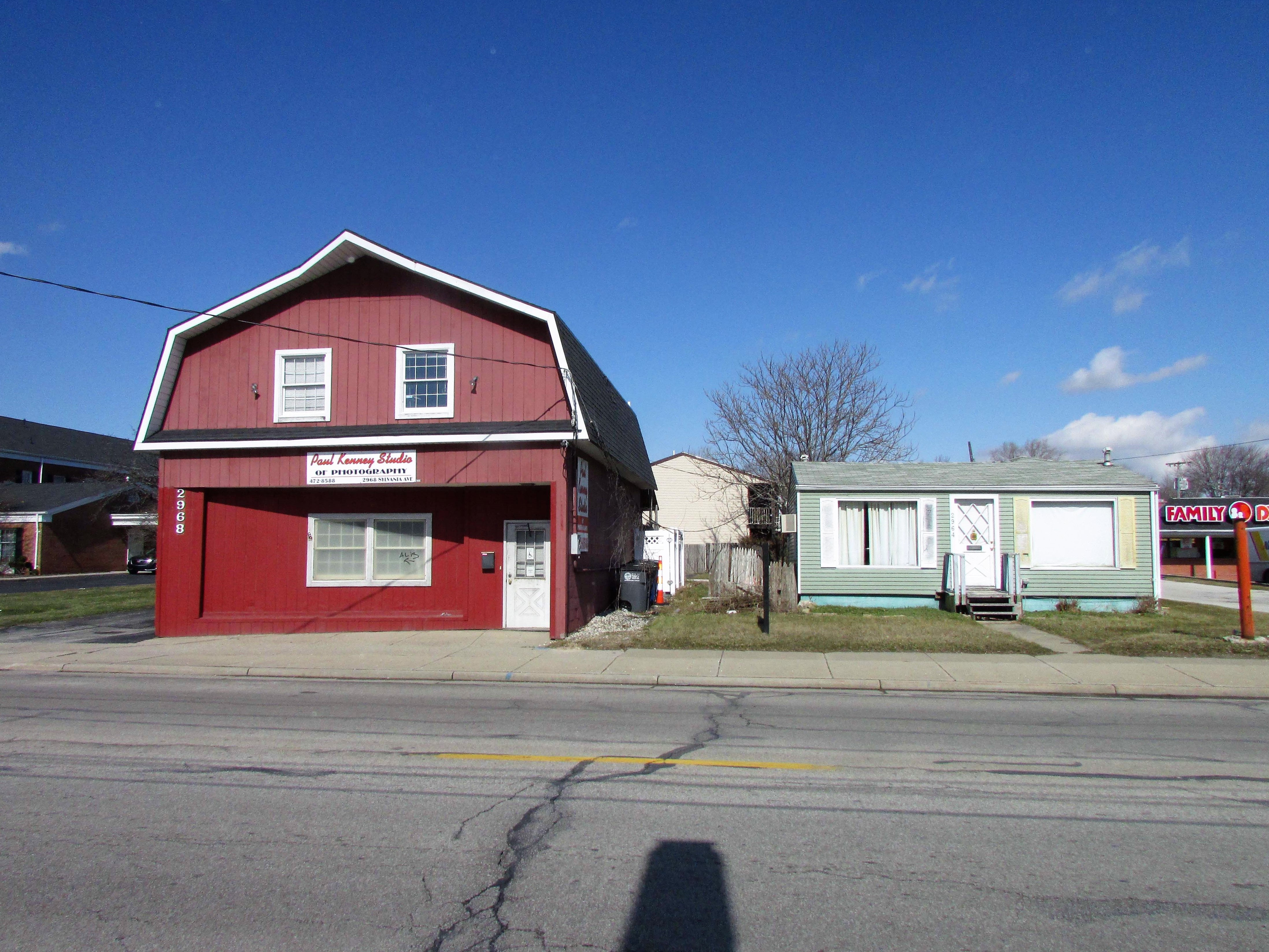 Commercial Buildings In Toledo, OH