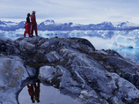 Explorers_greenland_hiking4