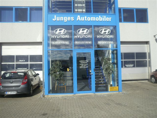 Junges_automobiler