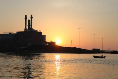 This is power plant at the dunkirk harbor