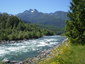3%20minute%20walk%20to%20the%20beautiful%20chilliwack%20river%20(2)