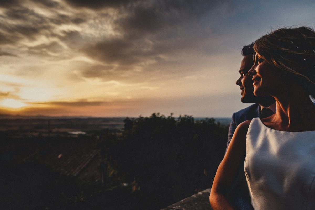 MANCHESTER WEDDING PHOTOGRAPHY, MANCHESTER WEDDING PHOTOGRAPHER, AYESHA PHOTOGRAPHY, BEST OF WEDDING PHOTOGRAPHY, WEDDING GUEST, SUMMER WEDDING, FESTIVAL WEDDINGS, BELLEFIELDS WEDDINGS, SUNSET PHOTOGRAPH OF BRIDE AND GROOM, ITALY WEDDING, UMBRIA WEDDING PHOTOGRAPHER, DESTINATION WEDDING PHOTOGRAPHER