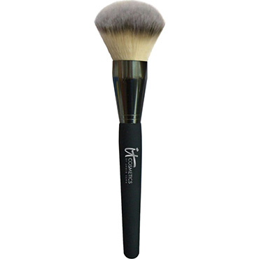 Jumbo Heavenly Luxe Mega Powder Brush | it Cosmetics | b-glowing