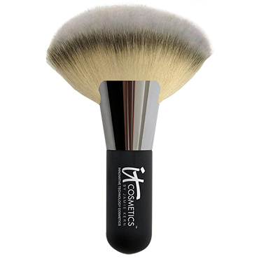 Heavenly Luxe™ Mega Fat Fan Brush