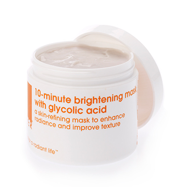 10-minute brightening mask with 7% glycolic acid