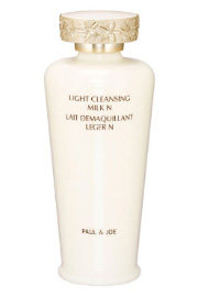 Light Cleansing Milk N