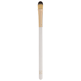 Radiance Perfected Concealer Brush | EVE LOM | b-glowing