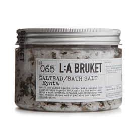 No.65 Bath Salt Mint | L:A Bruket | b-glowing