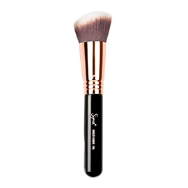 F84 - Angled Kabuki - Copper | Sigma Beauty | b-glowing