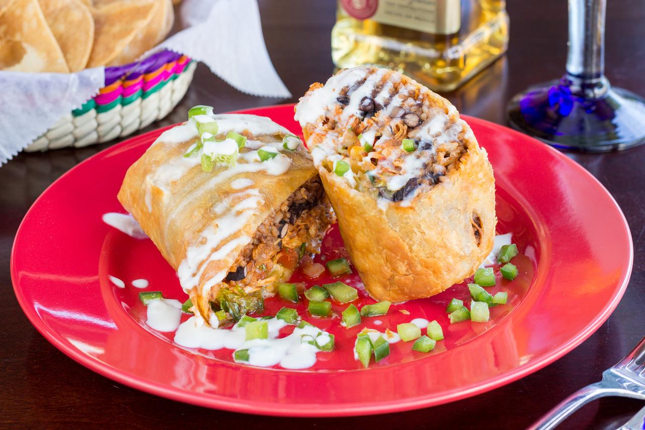 http://s3.amazonaws.com/b360/images/lamexicana/La-Mexicana-Cantina-32.jpg
