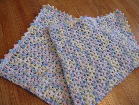 Crochet Pattern Central Baby Afghan : CROCHET PATTERN SHELL BABY BLANKET - Crochet Club