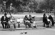Three_couples_on_bench