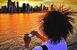 Frans_hair___skyline