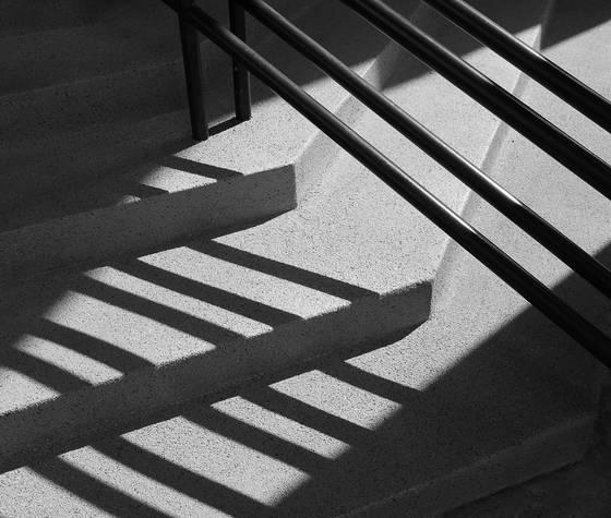 Courtroom_steps_2