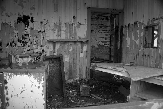 Abandoned_interior