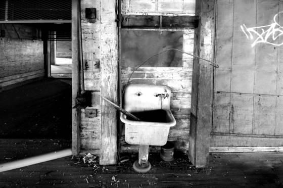 Old_sink