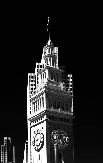 Clocktower_and_embarcadero