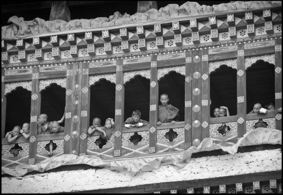 Monks_at_window