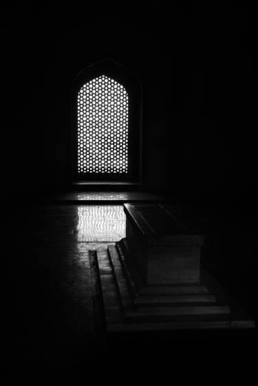 Marble_tomb
