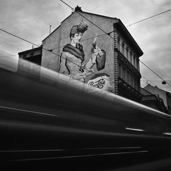 Tram_and_pepsi_cola