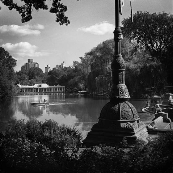 Bethesda_terrace_and_lake