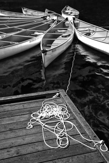 Tethered canoes