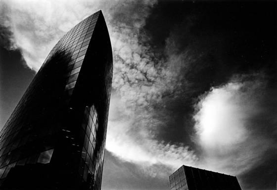 Phoenix_insurance_building__1