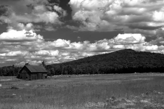 Adirondack_barn