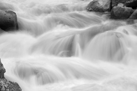 Stream_in_motion