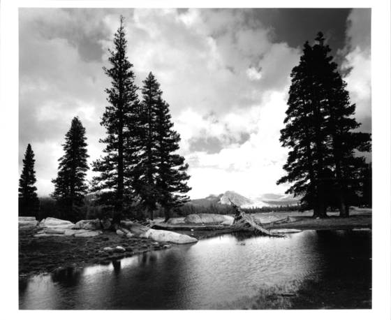 Storm_moving_through_tuolumne_meadows