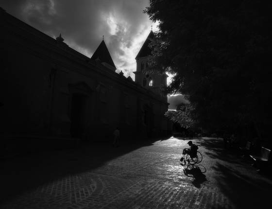Silhouettes_at_duarte_park