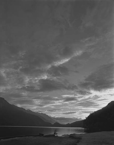 Lake crescent dawn