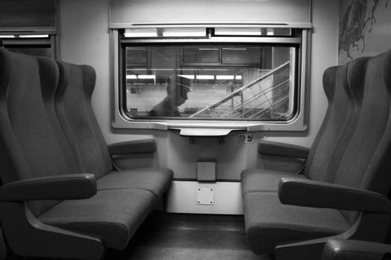 Train_chairs