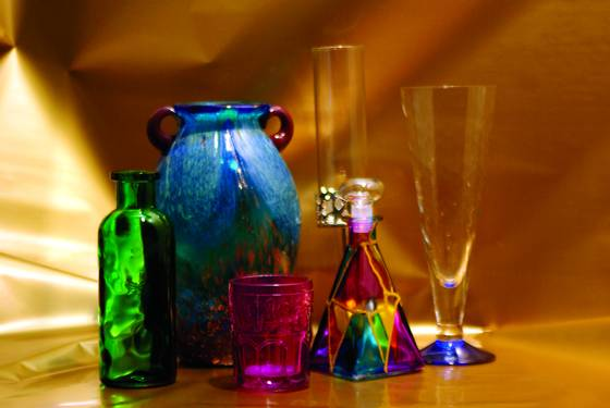Glasses_and_vase_1