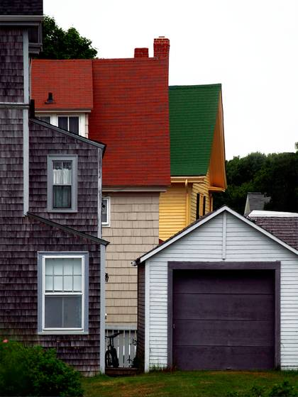 Garage_and_houses_kennebunk