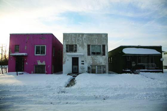 Three_desolate_homes