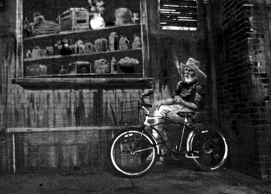Bike_and_mural