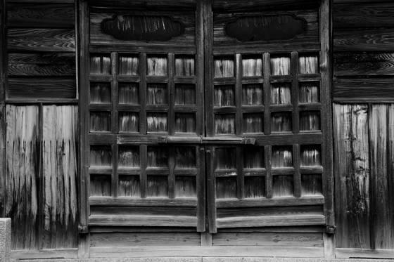 Temple_door