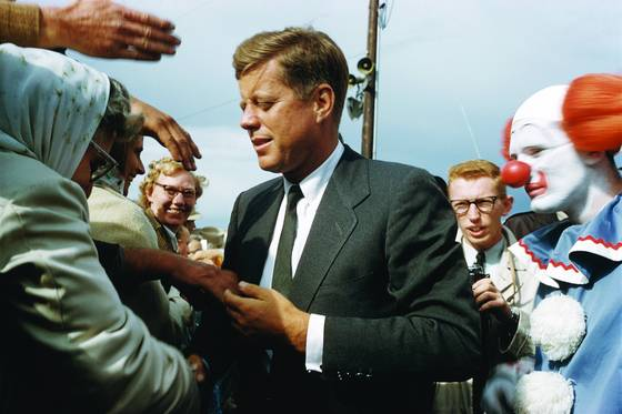 Jfk_unguarded
