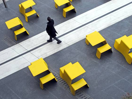 Yellow_tables