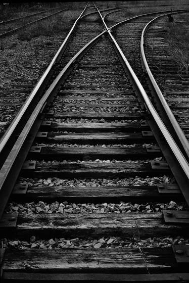Tracks_to_nowhere