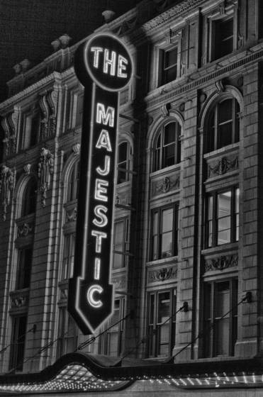 Majestic_theater