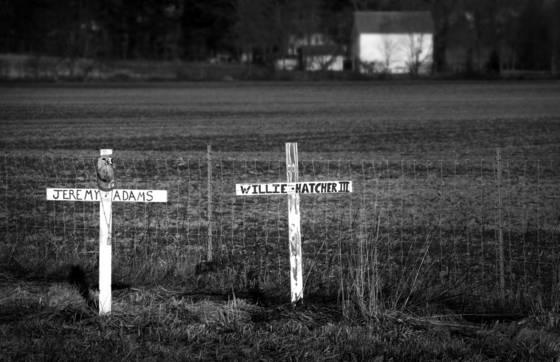 Roadside_memorial