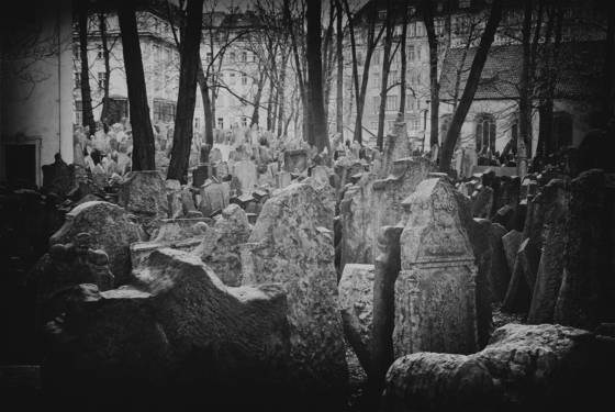 Old_jewish_cemetery