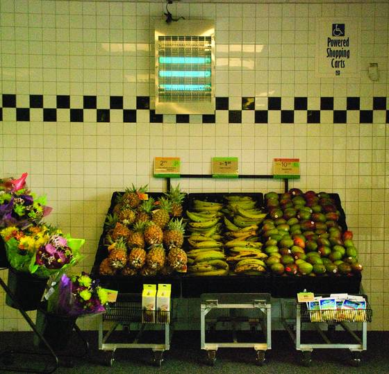 Grocery_store_entry