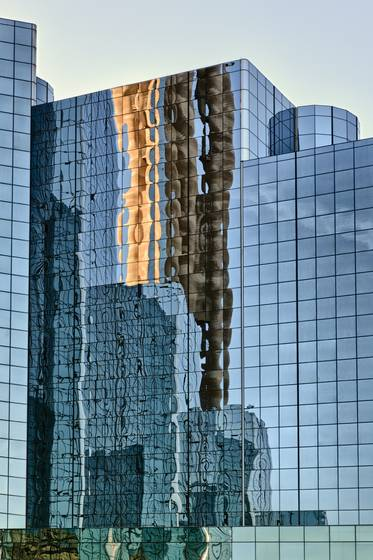 Dallas skyline reflection i