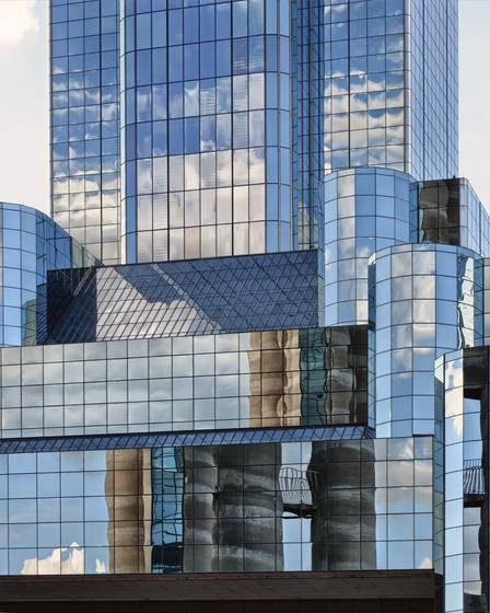 Dallas_skyline_reflection_xx