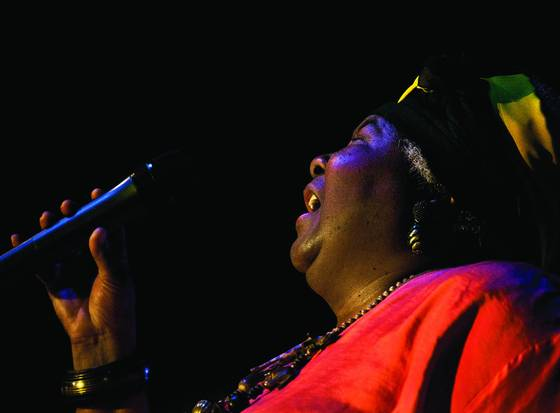 Blues_singer_2